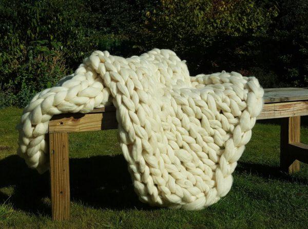 Woondeken grof gebreid merino wol