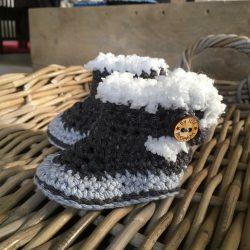 Babyschoentjes / Babyslofjes 'Bootz' in 3 maten te verkrijgen ItteDesigns.nl