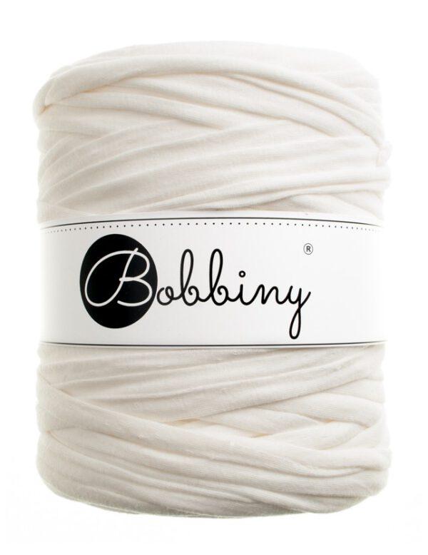 creamy-white bobbiny t-shirt yarn